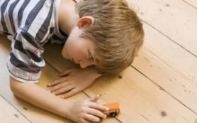 Родители могут выявить аутизм у ребенка на ранних стадиях