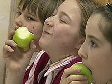 Диетологи рассказали, как правильно питаться школьникам