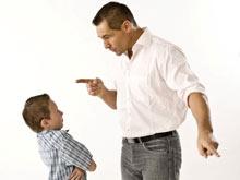 Взгляд отца на жизнь определяет время начала половой жизни его ребенка