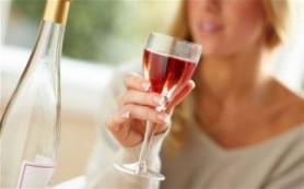 Станет ли ребенок алкоголиком — зависит от матери