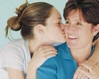 Строгое воспитание детей положительно влияет на поведение их друзей