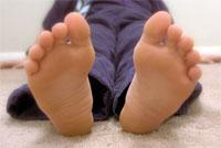 Боль в нижних конечностях – частая проблема для детей с ожирением