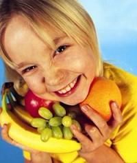 Бесплатные фрукты помогут школьникам отказаться от джанк-фуда