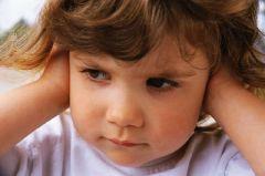 Что делать, если у ребенка отит?