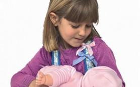 Скандал: новые куклы сосут грудь