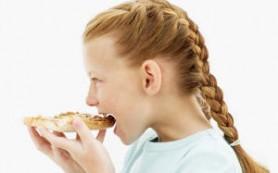 Аллергия на орехи чаще всего встречается у богатых детей