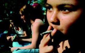 Беременным не следует бросать курить с помощью никотиновой «жвачки»