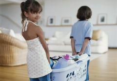 Как приучить ребенка помогать по хозяйству: 5 «не» для родителей