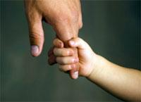 Смерть отца отражается на будущем подростков в развивающемся мире