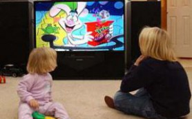 Телевидение превращает необщительных подростков в депрессивных взрослых