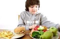Как заставить ребенка есть больше фруктов и овощей