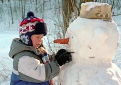 Близоруким детям необходимо много гулять и зимой, несмотря на мороз