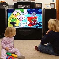 Излишнее пристрастие к телевизору становится причиной развития асоциальности у детей