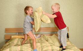 Соперничество между детьми: как помочь своим детям наладить отношения