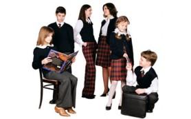 Онищенко: Школьная форма улучшает здоровье детей