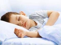 Удаление миндалин поможет детям с апноэ во сне
