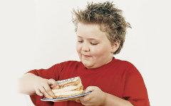 Лишний вес у ребенка – что делать?