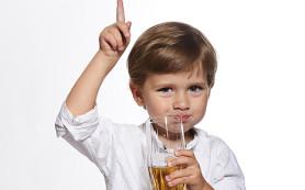 Детское питание: вред газированных напитков