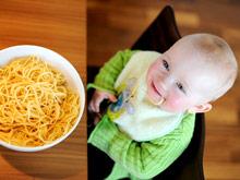 Слишком ранний или, наоборот, поздний переход на твердую пищу вызывает у ребенка диабет