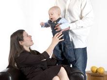 Даже самые маленькие дети могут общаться с помощью языка жестов