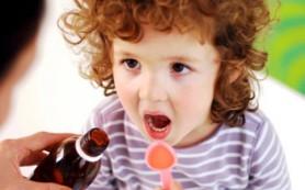 Противокашлевые и антигистаминные препараты названы главными врагами детей