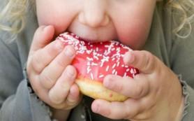 Девочки с низкой массой тела при рождении могут быть подвержены ожирению