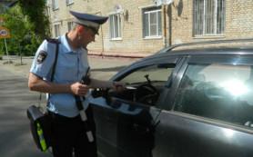Смоленских родителей научили пристегивать детей в автомобиле