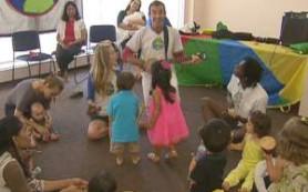 Музыкальная программа развития помогает улучшить навыки детей