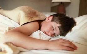 Ожирение у мальчиков связывают с недостатком сна