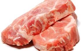 Бесплодная вегетарианка смогла родить тройню, начав есть мясо
