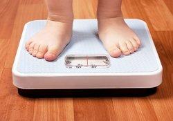 Двухлетний мальчик смог похудеть только после операции по уменьшению желудка
