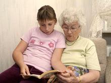Не стоит пренебрегать жизненным опытом бабушки в воспитании ребенка