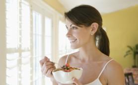 Плотный завтрак может защитить женщин от бесплодия