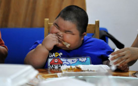Избыток веса подростков повышает риск заболевания раком