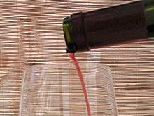 Исследование: несмотря на беременность, женщины продолжают выпивать