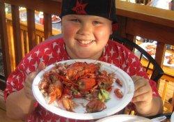 Детское ожирение: накормить глаза, а желудок обойдется