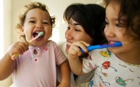Изменение цвета зубов ребенка