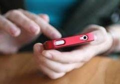Детям не стоит покупать смартфоны – они отвадят их от учебы