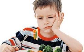 Детям полезно шалить во время еды