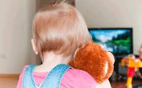 Отвлекаем ребенка от телевизора
