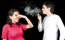 Беременным особенно опасно вдыхать вторичный дым