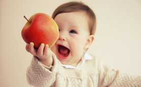 Фрукты в рационе ребенка: на заметку родителям