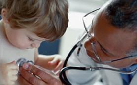 Врожденный стридор у ребенка: что это такое и как помочь
