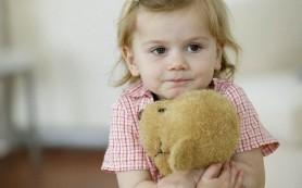 Если ребенок боится сверстников: что делать