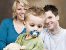 Инфантильность ребенка может быть удобна родителям