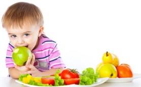 Врачи определили какие витамины необходимы ребенку в первые годы жизни