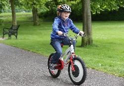 «Джиробайк» – велосипед для детей, с которого невозможно упасть