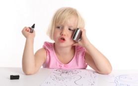 Мобильные телефоны могут вызывать сонливость и аллергию у детей