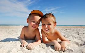 Ученые: солнце особенно опасно для подростков