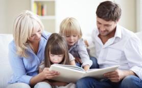 Ученые утверждают: детям нужно рассказывать сказки с положительными героями
